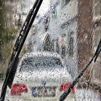 why the windshield wipers noisy