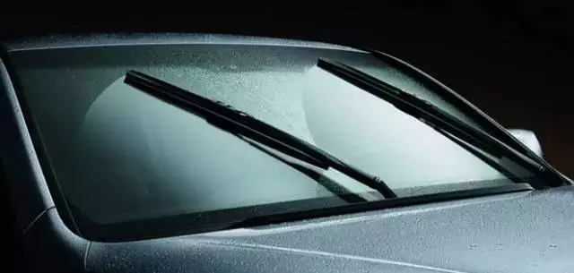 windscreen wipers2